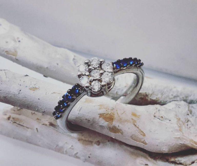 anello argento fiore blu