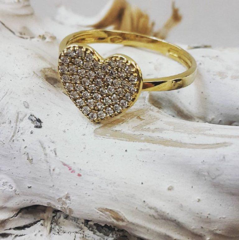 anello oro giallo cuore zirconi